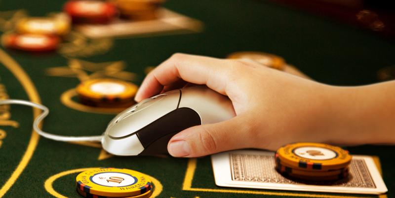 Казино без вложений с реальным выводом денег играть бесплатно игру в карты пирамида